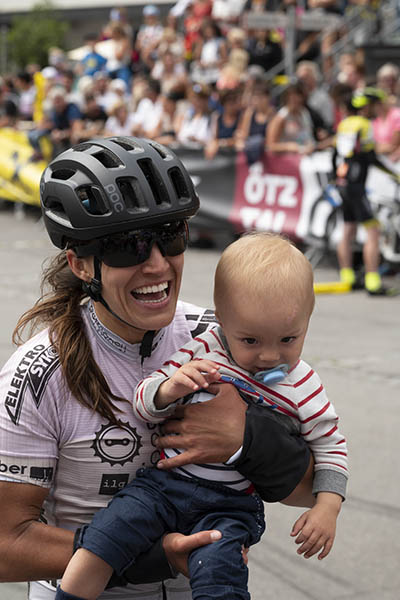 Bianca Somavilla mit ihrem Sohn