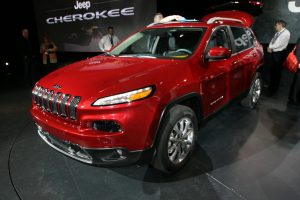 2014-jeep-cherokee-05