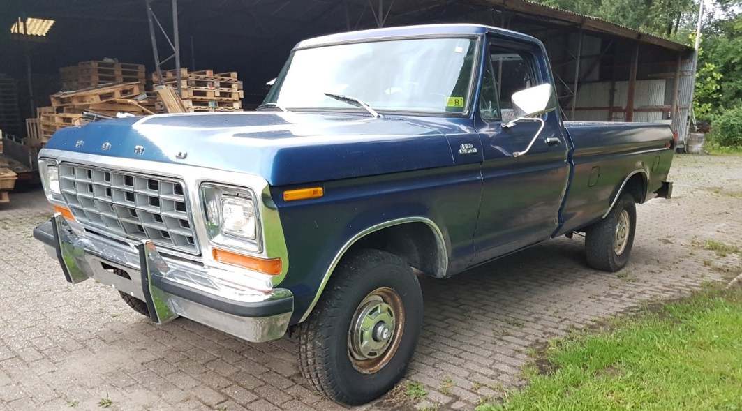 1979 Ford F150 4x4 351ci V8 - slide