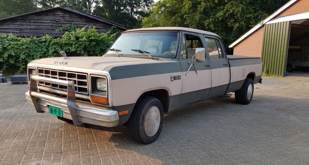 1985 Dodge Ram D350