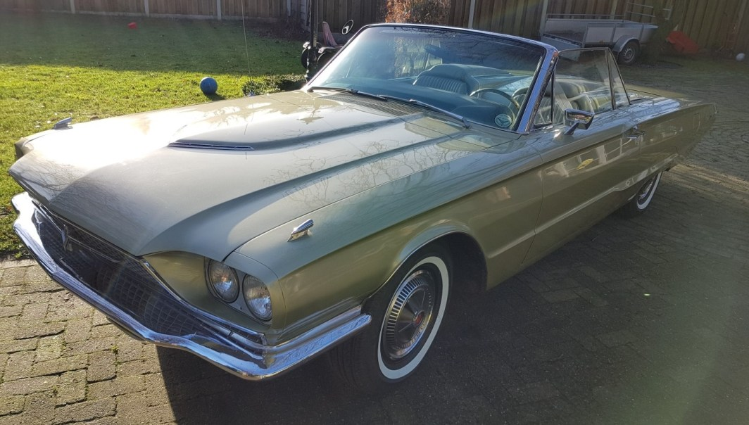 1966 Ford Thunderbird Convertible - 390ci slide