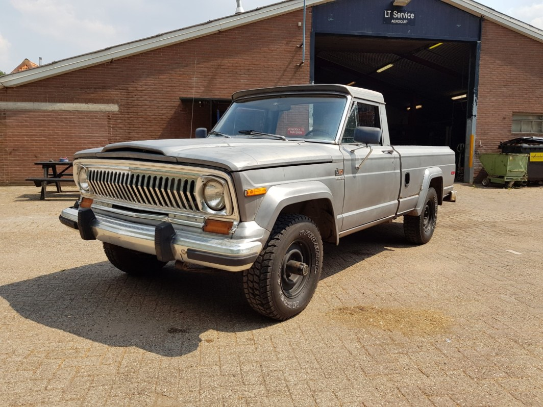 1978 Jeep J10 pickup 258ci