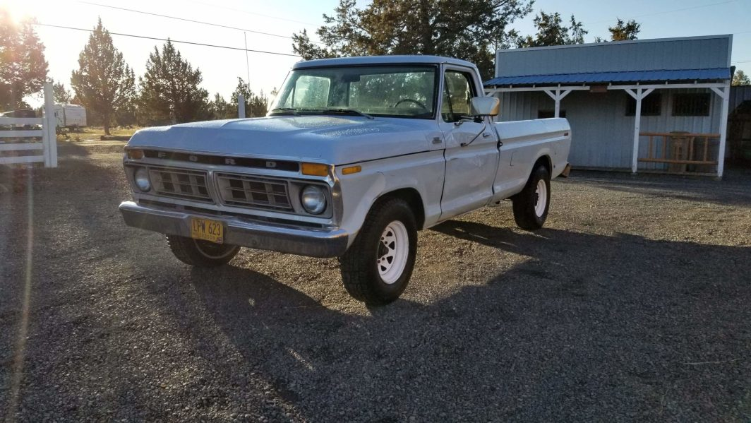 1977 Ford F250 Custom with 400ci V8 and automatic.