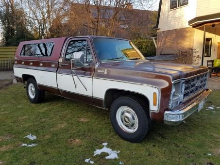 Chevrolet C20 Silverado Camper Special Pickup