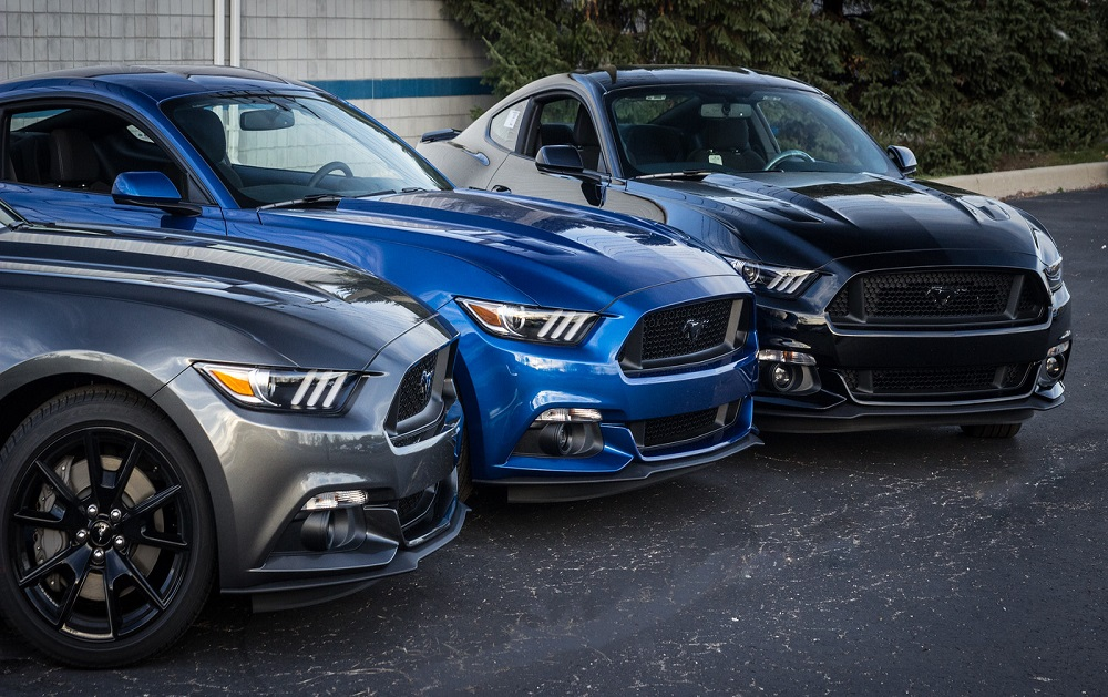 two 670hp roush mustang