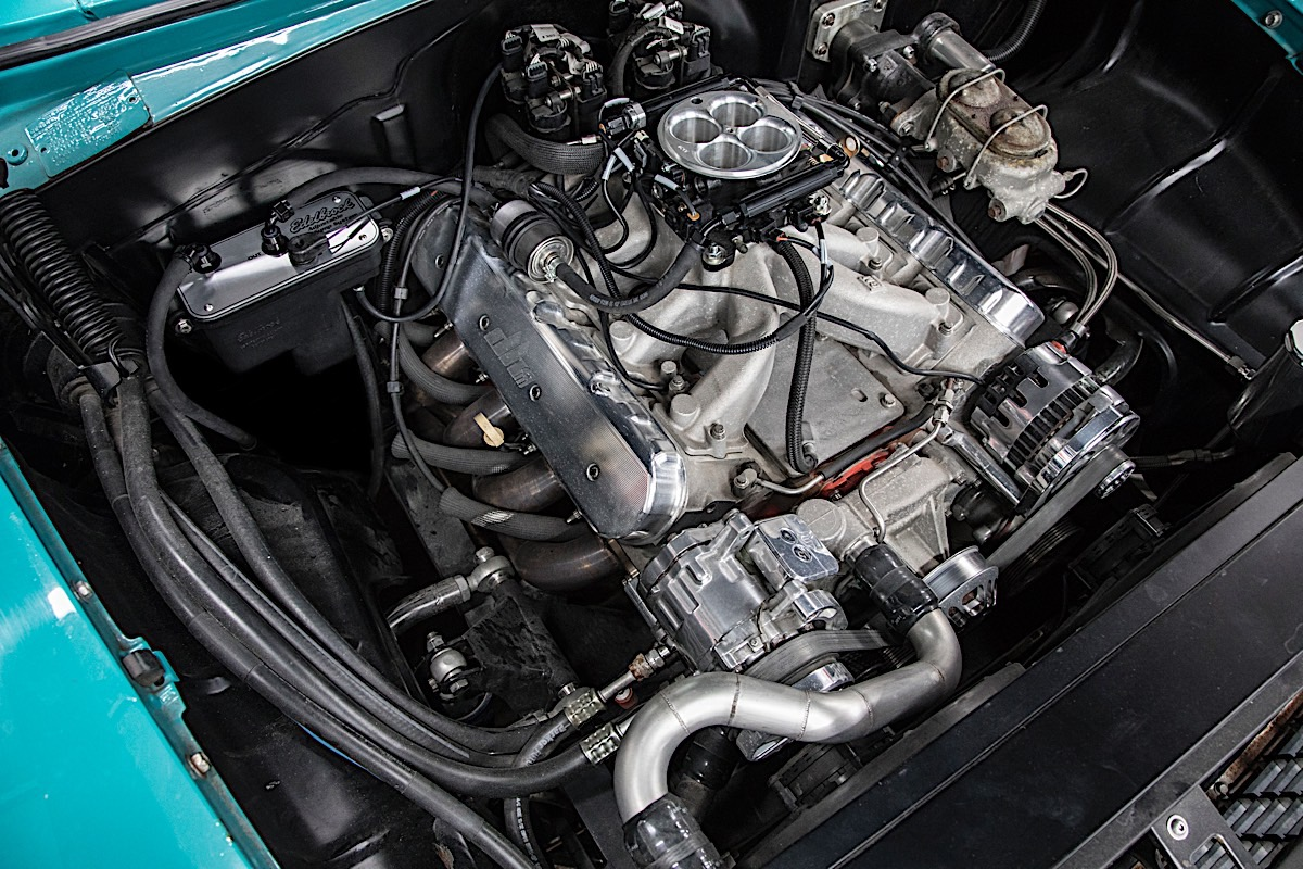 hight resolution of filling the edelbrock fuel sump system for the first time involves reconnecting the battery then unplugging the fuel pump power connector on the fuel cell