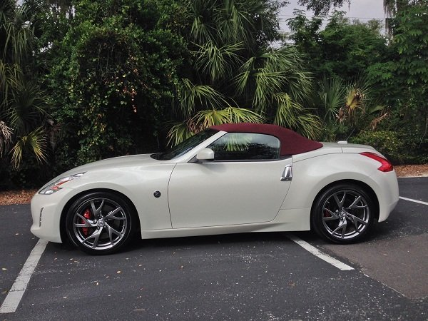 road tested 2014 nissan 370z roadster speed sport life. Black Bedroom Furniture Sets. Home Design Ideas