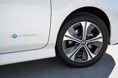2019 Nissan LEAF-8-1200x800