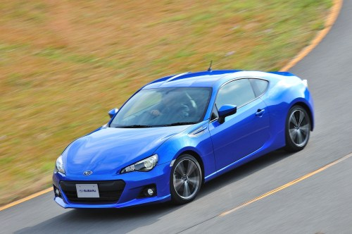 small resolution of subaru brz is a rear wheel drive sports car featuring the horizontally opposed boxer engine it was developed as a joint project between subaru and toyota