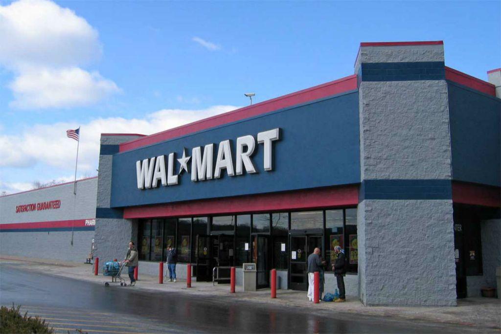 Milk✔ eggs✔ new car? Welcome to Walmart