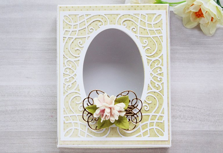 Romancing The Swirl Collection by Becca Feeken - Inspiration   Gift Box and Card with Hussena for Spellbinders using: S4-927 Trefoil Crest S4-928 Hemstitch Circle S5-363 Swirl Booklet Insert S5-364 A2 Corner Cotillion S5- 365 Sweetheart Swirl #spellbinders #neverstopmaking #cardmaking #diecutting #handmadecard