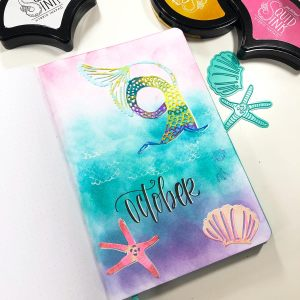 Spellbinders Jane Davenport Artomology   Journal Cover Page with Cindy Guentert-Baldo #janedavenport #janedavenportartomology #Artomology #spellbinders #neverstopmaking #smoothmarkers #makeitwithmichaels #washisheets