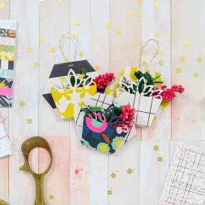 Exquisite Splendor collection by Marisa Job Inspiration | Spring Cards and Basket Tags by Rebecca Luminarias for Spellbinders