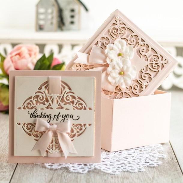 Spellbinders May 2020 Amazing Paper Grace Die of the Month is Here – Fleur de Lis Grandeur Fold Over #Spellbinders #SpellbindersClubKits #NeverStopMaking #AmazingPaperGraceClubKit