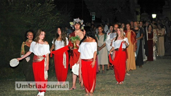 Hispellum, duemila al taglio del nastro a Spello per la festa romana