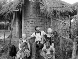 Presentazione del volume fotografico Africa Bianca, il mio viaggio in Malawi