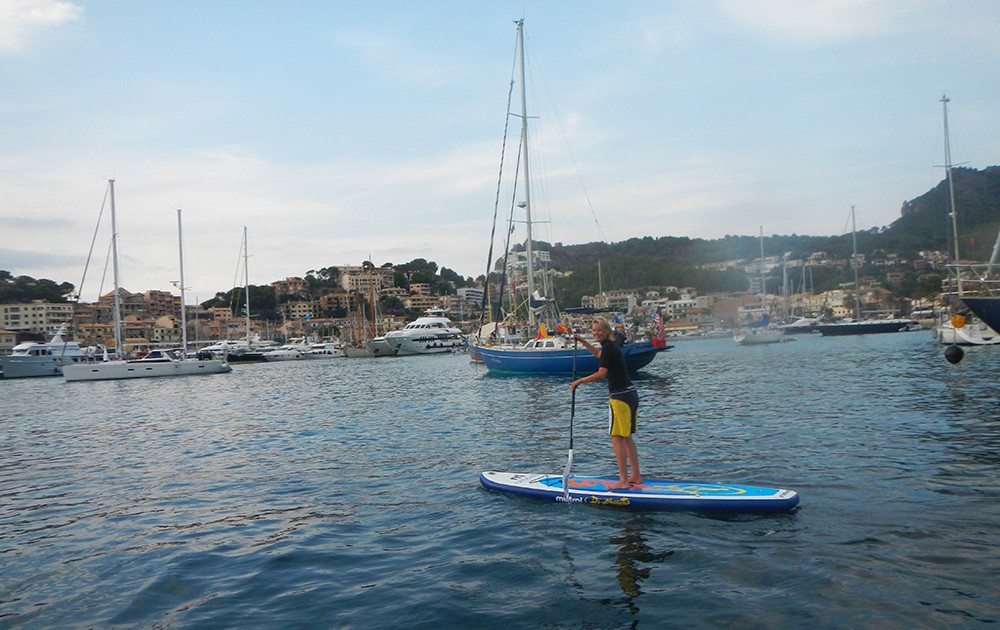 paddle boarding in Soller, Mallorca