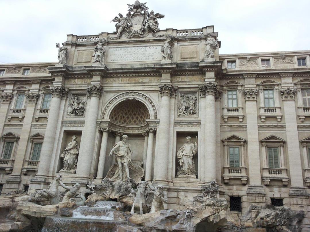 What to see & do in Rome in 24 hours - trevi fountain rome italy