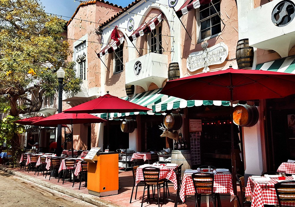 Things to do in South Beach: Miami Espanola Way