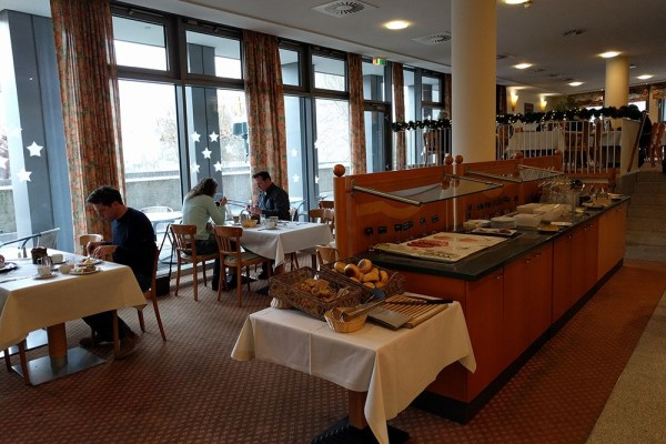 spend_life_traveling_review_hotel_trier_germany