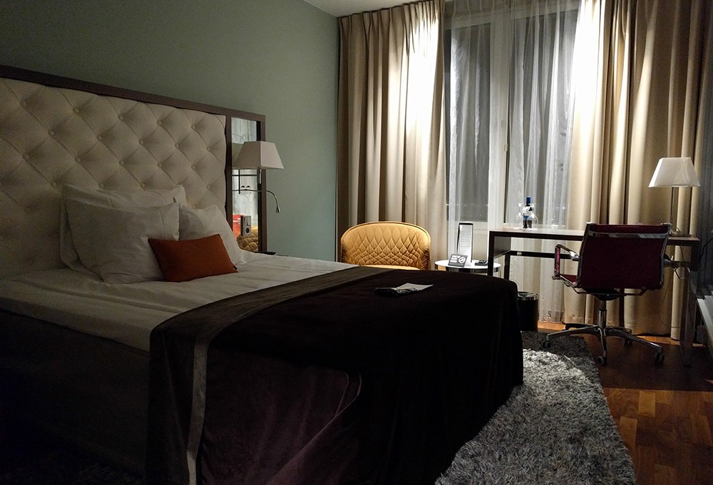 What to look for when booking a hotel room - a comfortable bed