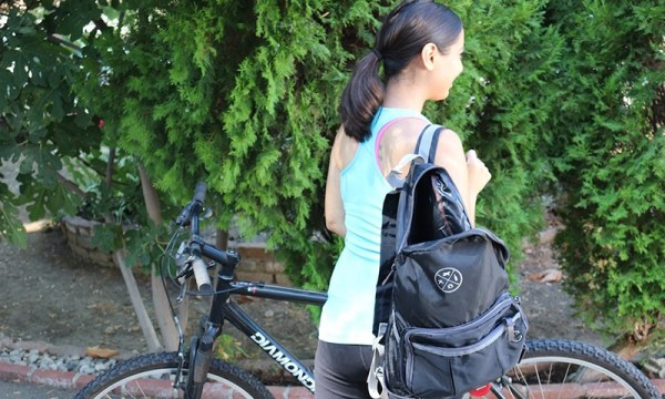 purse_backpack_travel_essentials
