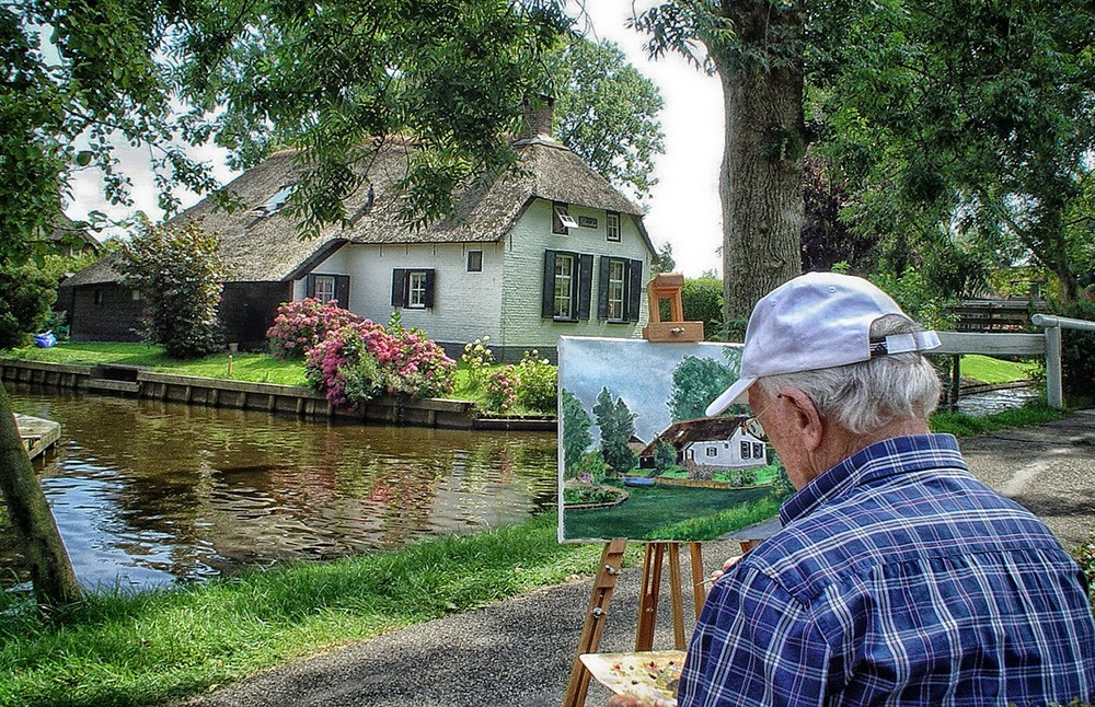 visit Giethoorn: travel tip in the Netherlands