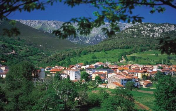 best_family_vacation_in_spain_costa_verde