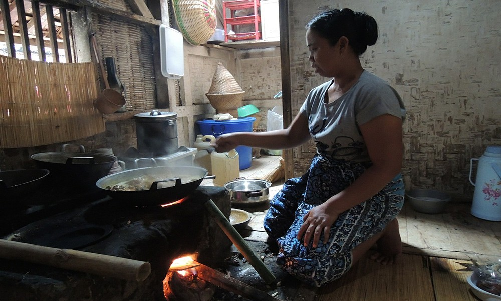 What to do in Indonesia: take an Indonesian cooking class