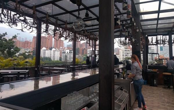 best_rooftop_bar_medellin_vaggart