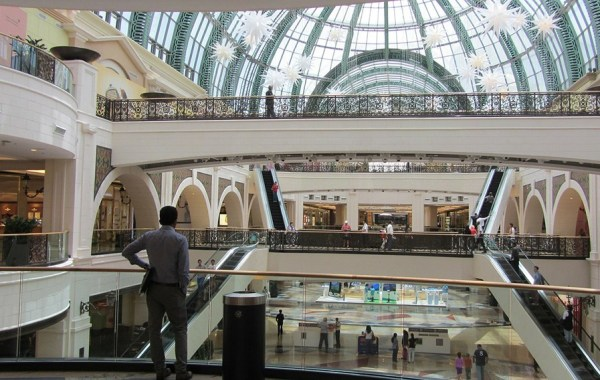 what_to_see_and_do_in_dubai_dubai_mall