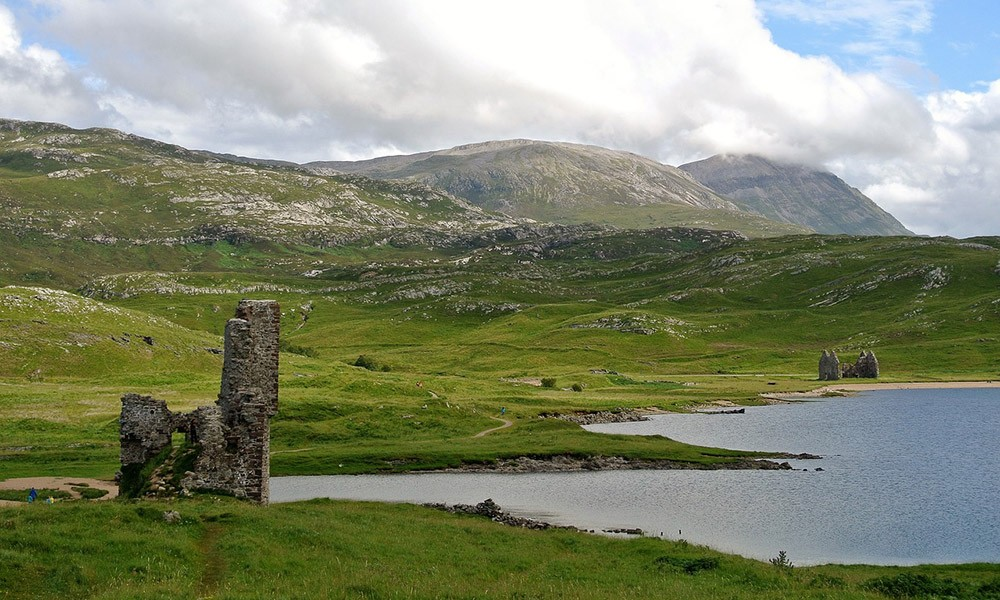 Day 6 of the 8-day North Coast 500 itinerary in Scotland - Ardvreck Castle