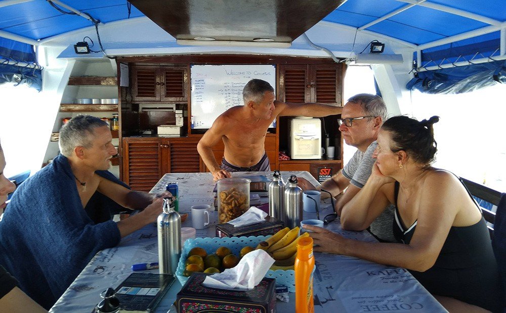 Similan Islands liveaboard diving - review