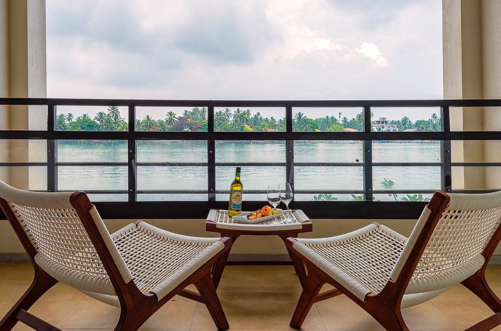 Centara Ceysands resort review Bentota