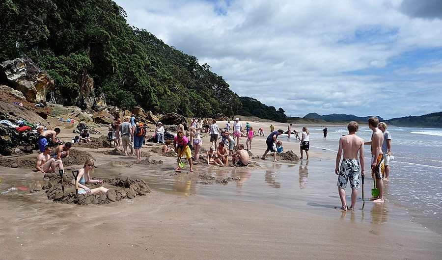 Hot Water Beach - North Island New Zealand itinerary for 7 days