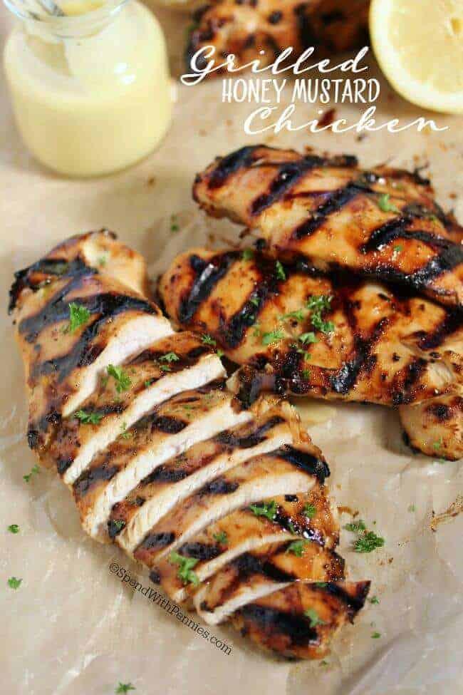 Fácil a la plancha con miel y mostaza pollo es tierna y jugosa ... totalmente irresistible! Esto puede ser a la parrilla (o al horno) para la comida ideal para el verano y este pollo es perfecto en una ensalada fresca y despejada fresca!