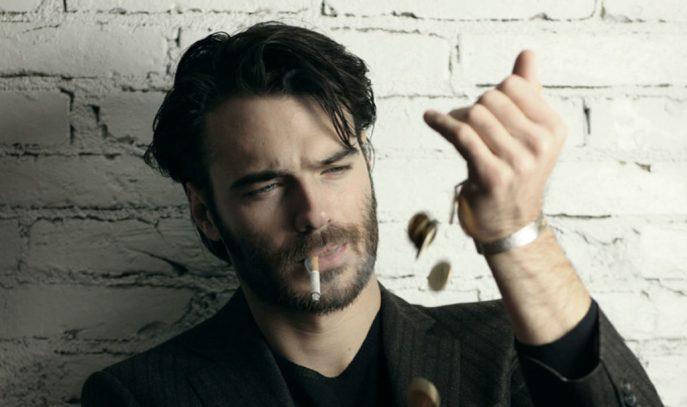 Giulio Berruti interpreta il ruolo di Carlo Nigro