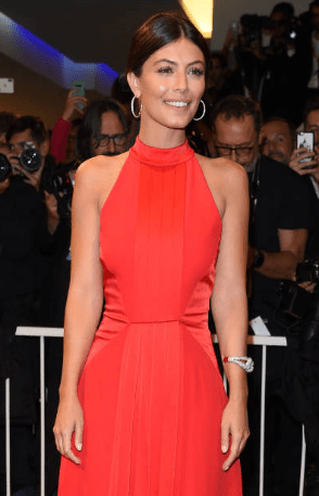 venezia-76-red-carpet-waiting-for-the-barbarians-alessandra-mastronardi-