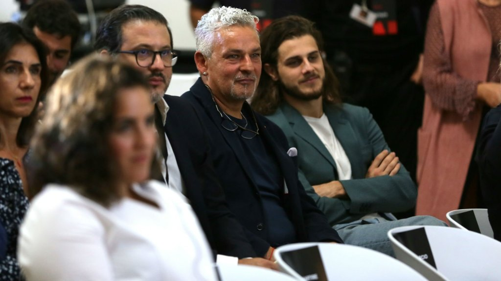 "Netflix Mediaset, tra i 7 titoli spunta ""Il Divin Codino"" il"