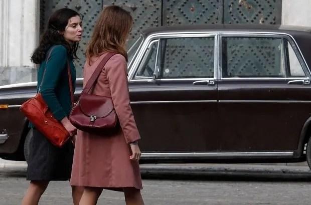 L'Amica Geniale 3 riprese. Foto dal set a Napoli (piazza Dante e piazza del Gesù)
