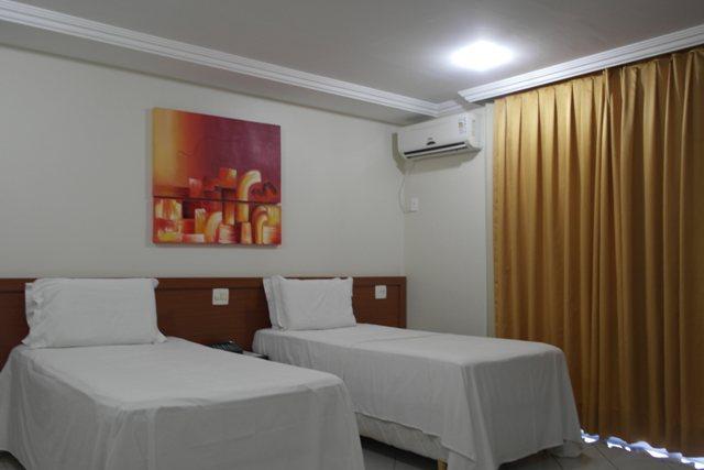 Hotel Governador Valadares  Telefone 33 32252308