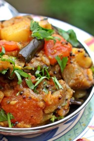 Alu Baigan - Curried Eggplant with Potatoes