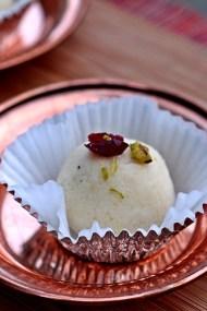 Sandesh - Bengali Cheesecake Balls