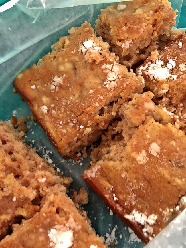 Hudson Valley Apple Cake