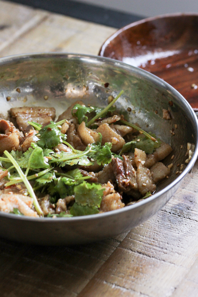 Mix the pork belly with sauce