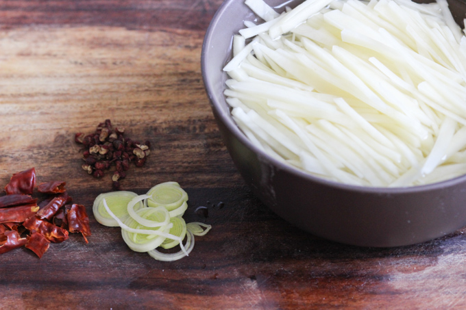 Szechuan style shredded potatoes ingredients