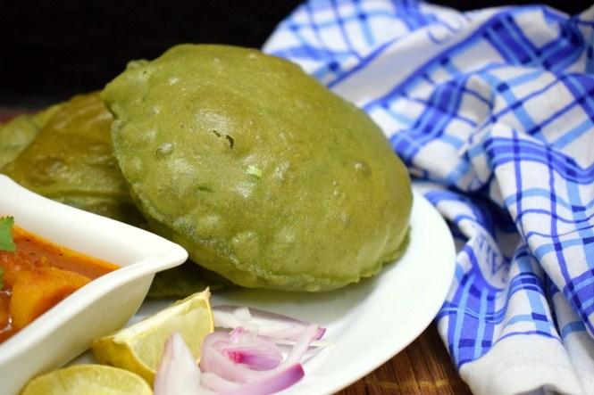 Spinach Poori From Madhya Pradesh