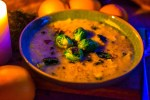 Rezept Kartoffel-Maronen-Suppe mit Rosenkohl-Knobi-Crunch Suppe Herbst vegan vegetarisch Orange Thymian Spicy Love Foodblog