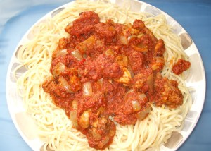 Spaghetti with corned beef stew