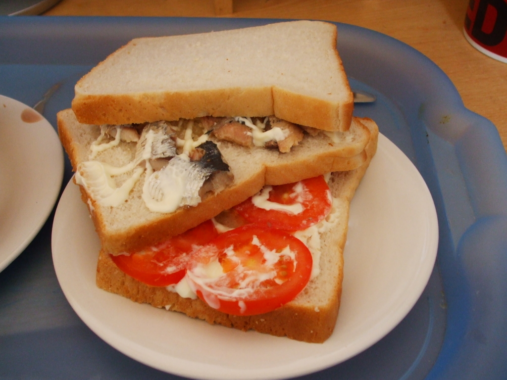 tomato and sardine sandwich